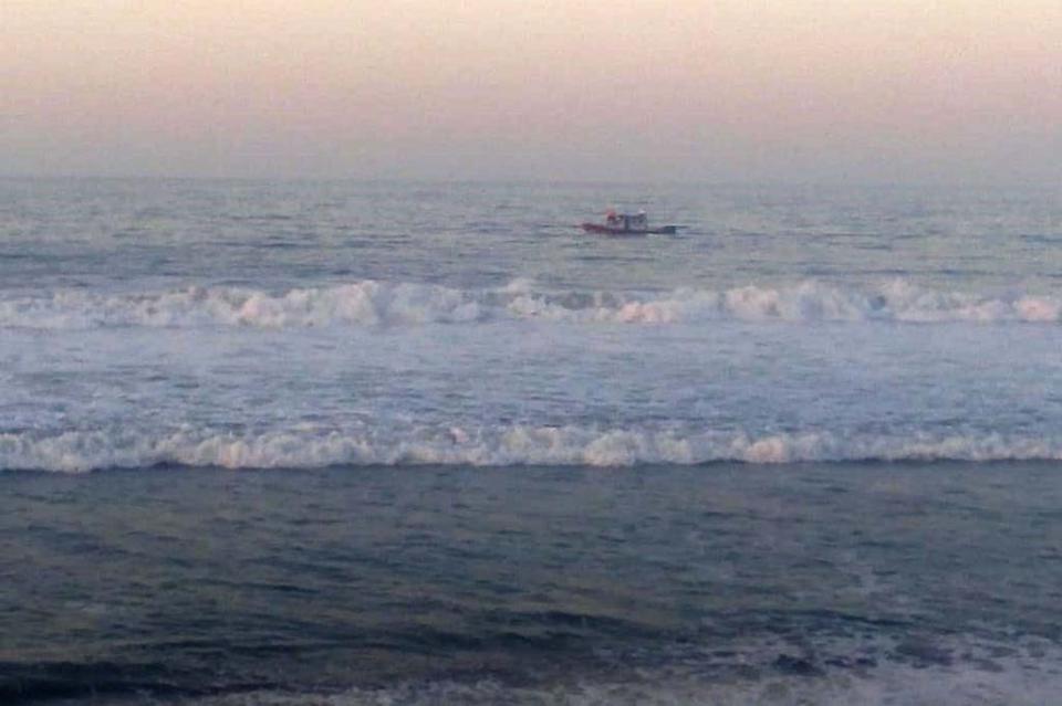 Buscan persona desaparecida en el mar en San José del Cabo
