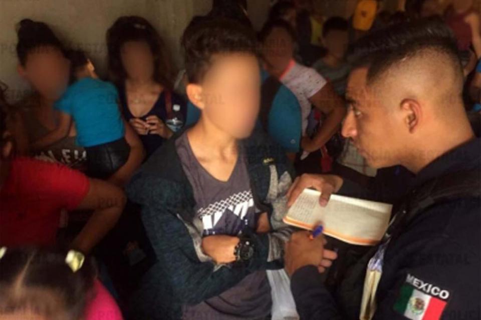 Rescatan a 108 migrantes hondureños en Tabasco