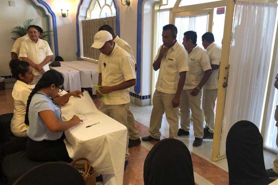 Trabajadores eligen en voto libre y secreto al Subdelegado Sindical de la CROC en Pueblo Bonito Rose
