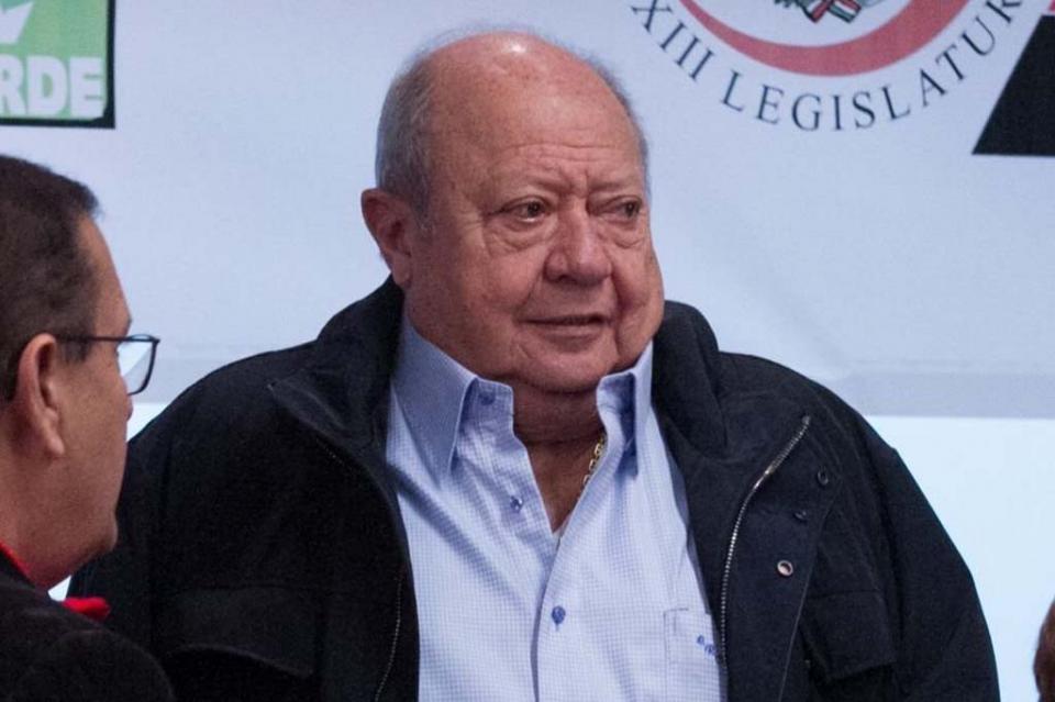 Juez niega suspensión de plano a Romero Deschamps