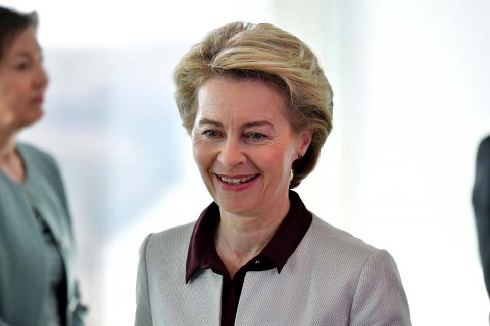 Union Europea elige a la primera mujer presidenta de su órgano ejecutivo