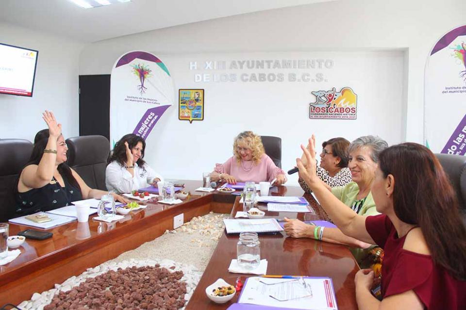 Gestionarán más recursos para el Instituto de las Mujeres; opera con presupuesto raquítico: regidora Isabel Castro