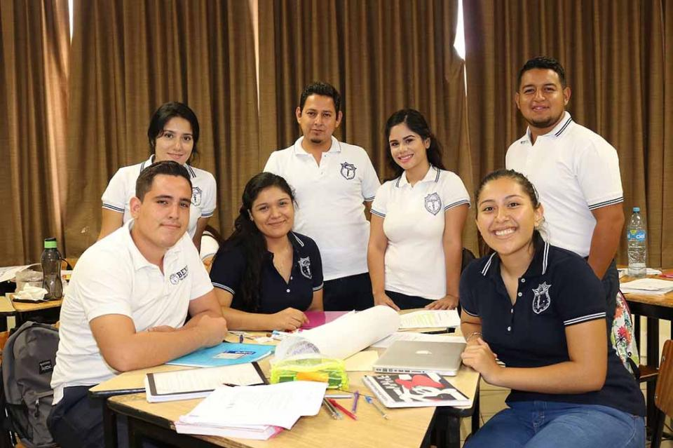 Se fortalecen escuelas normales de BCS con movilidad académica internacional