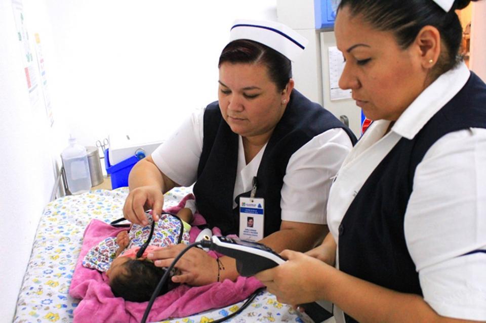Con tamizaje auditivo neonatal fortalecen los servicios del Centro de Salud de Todos Santos