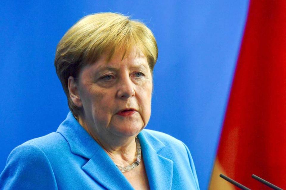 Sufre Merkel tercer episodio de temblores