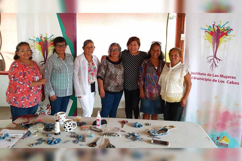 Taller ReciclArte y Clases de Yoga ofrece el Instituto de las Mujeres de Los Cabos