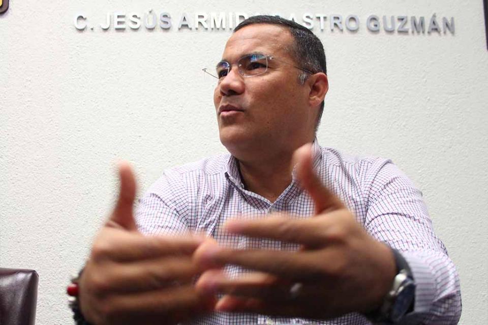 Sin Ley de Transporte que avale su operación, seguirán infracciones contra Ubers: Zamorano