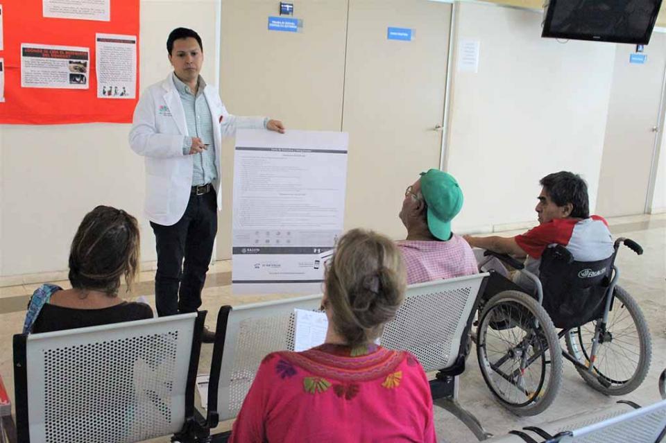 Salud brinda orientación a usuarios del Seguro Popular