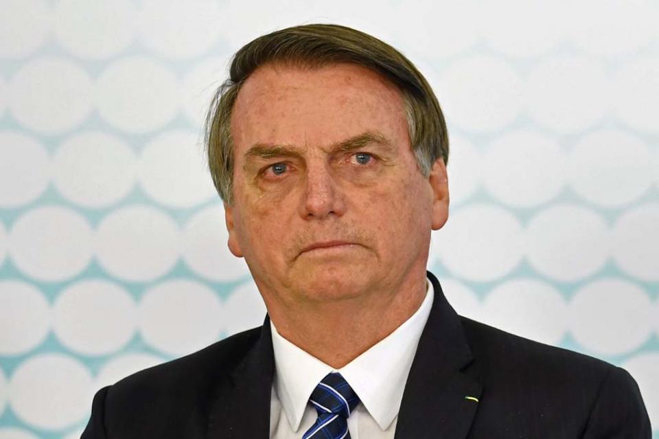 """Bolsonaro llama a empresarios a ser """"firmes"""" con gobernador de Sao Paulo"""