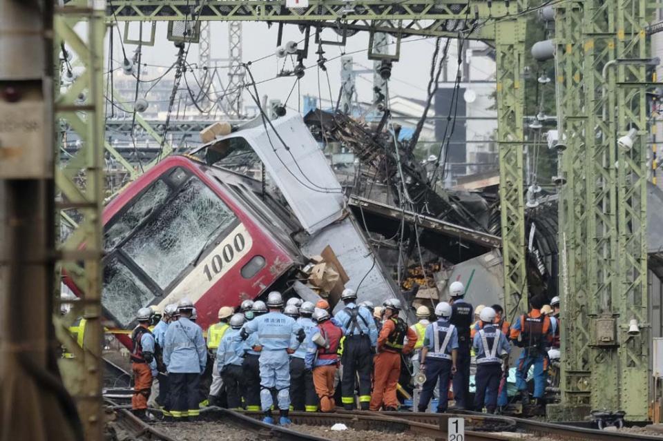 Accidente ferroviario en Yokohama deja 32 heridos
