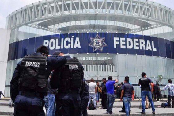 Policías federales alistan protesta en aeropuerto de Ciudad de México