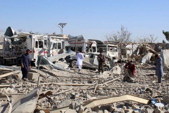 Ataque suicida en Afganistán deja 20 muertos