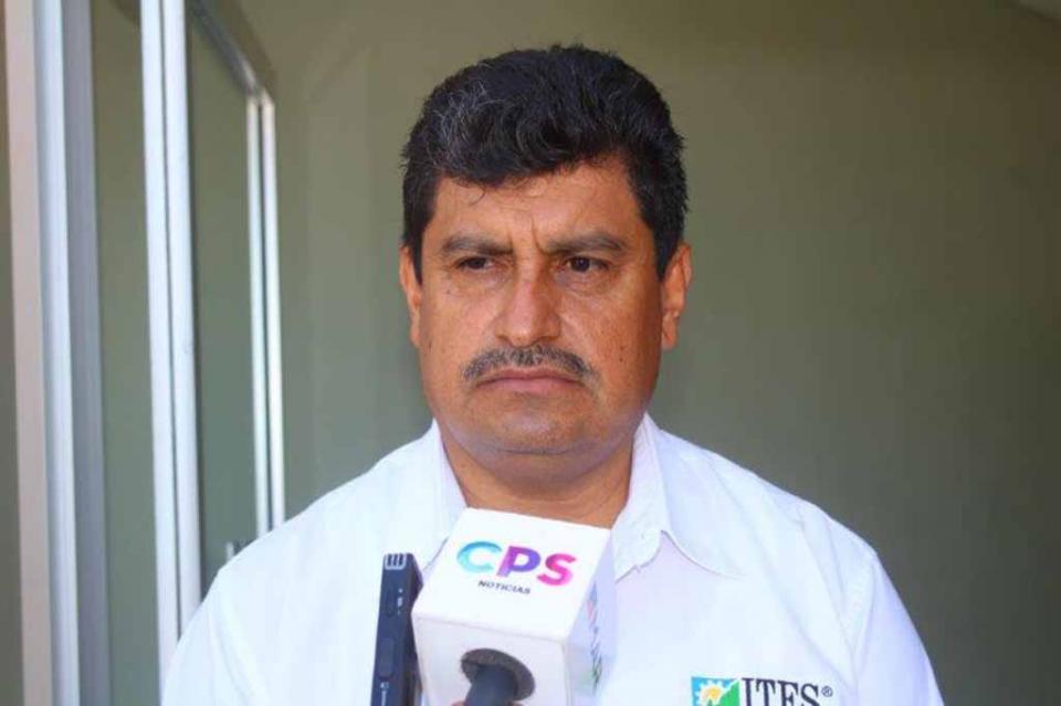 Lamentable que a cinco años de la desaparición de los normalistas de Ayotzinapa no se sepa nada: Adalberto Pérez Pérez