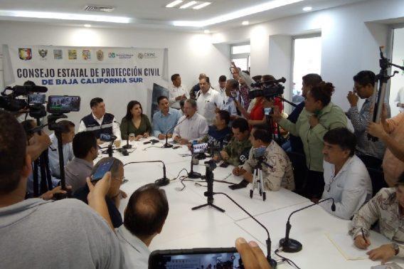 Sesiona Consejo Estatal de Protección Civil, suspenderán clases mañana en Los Cabos