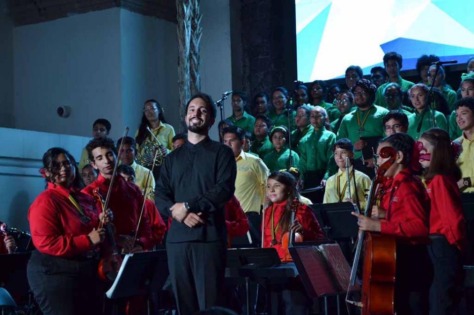 En BCS programa escuelas de tiempo completo será responsable de Orquesta Esperanza Azteca