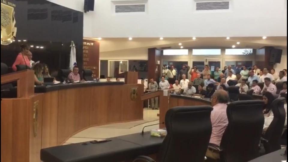 Desechan Ley de Movilidad en BCS; diputados de Morena la votan en contra