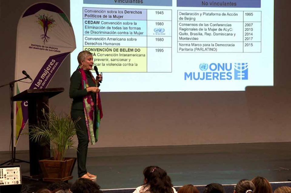 Violencia contra las mujeres de los temas pendientes de atender de la agenda femenina: Blanca Olivia Peña