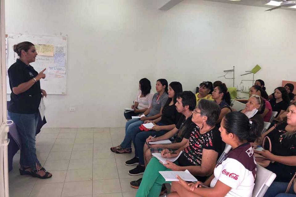 Mujeres de colonias se capacitan para fortalecer el autoempleo