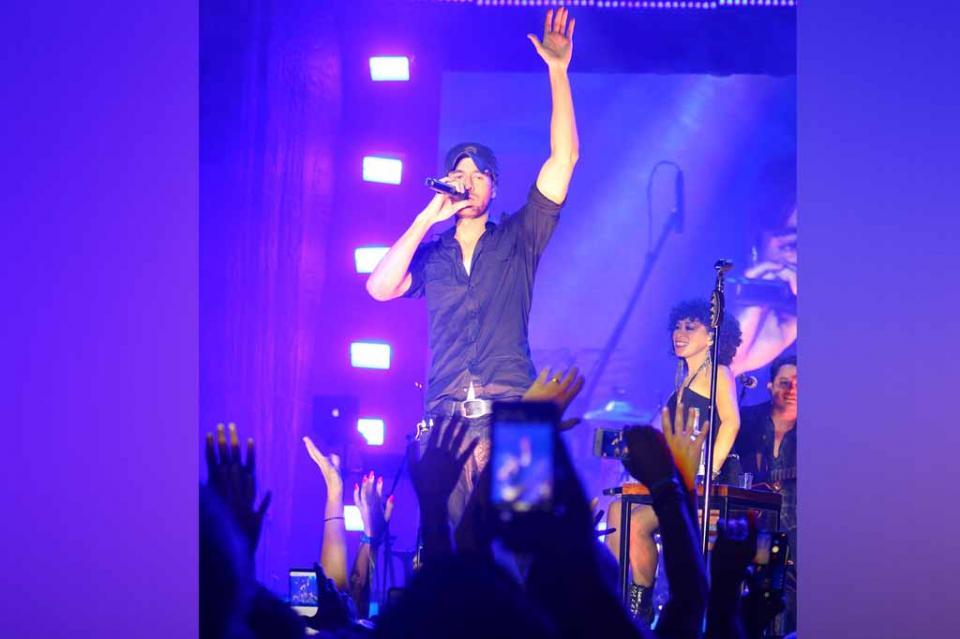 Noche espectacular y concierto de Enrique Iglesias en inauguración del hotel Hard Rock con inversión de más de 250 mdd