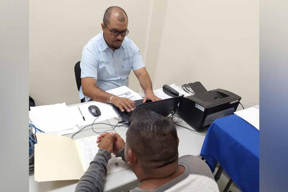 Gobierno Estatal llevó a Loreto las re afiliaciones al Seguro Popular