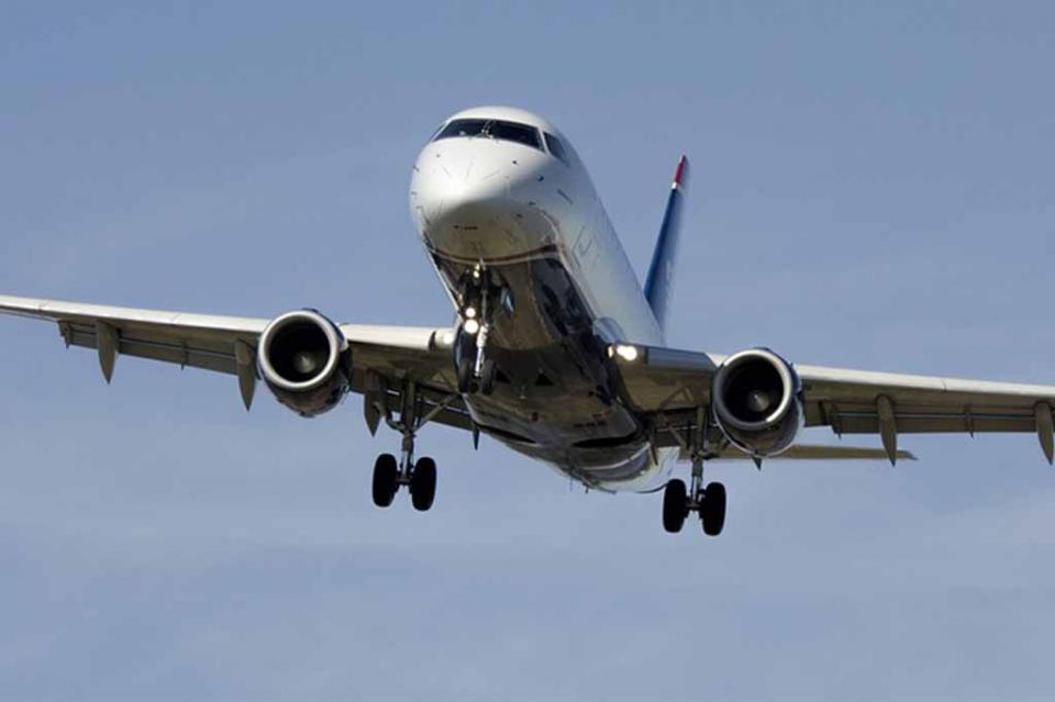 Japón prohíbe viajes a 13 países, incluido México