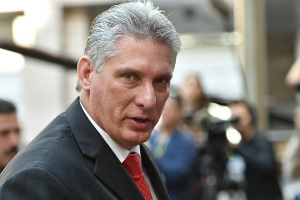 Llega a México el presidente de Cuba