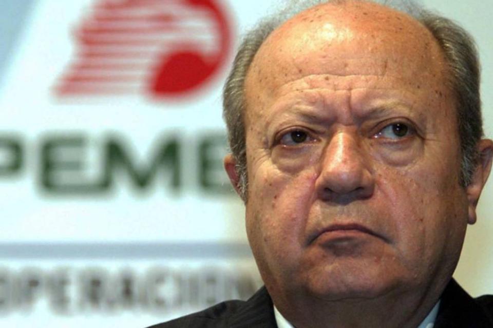 Reportan que cuentas bancarias de Romero Deschamps fueron congeladas