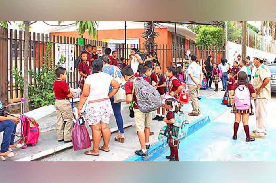 Tiene SEP capacidad para atender solo 50% de la demanda escolar en nivel Medio Superior: Adriana López Monje