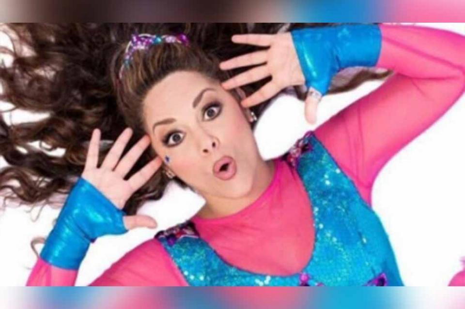 La cantante infantil Tatiana sufre de una parálisis facial