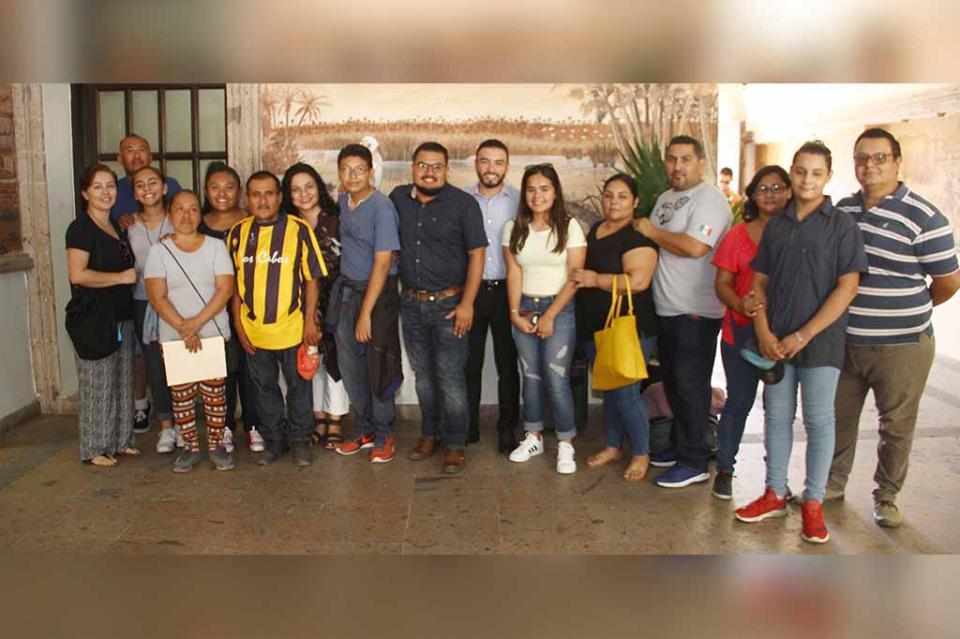 Jóvenes cabeños participan en el 12º Parlamento de la Juventud 2019
