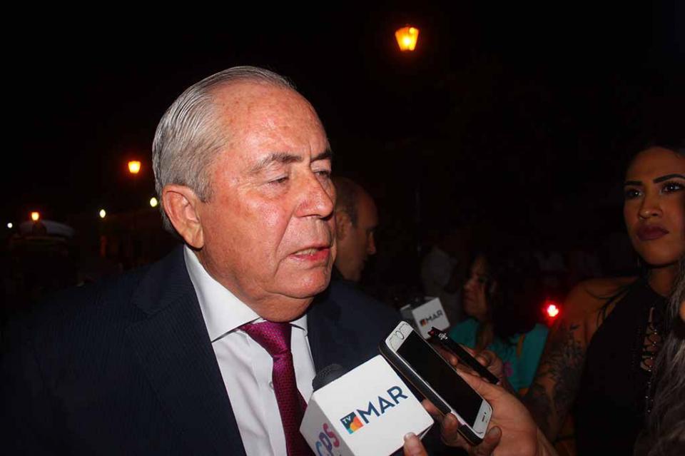 """""""Iniciativa de ley afectaría a un sector importante de los sudcalifornianos""""Leonel Cota"""
