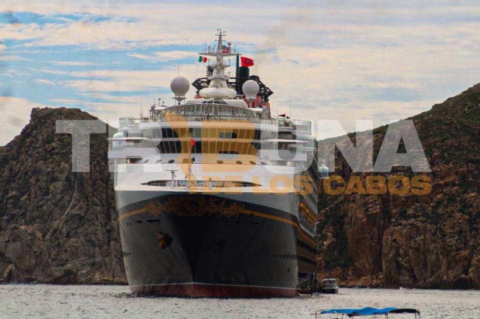 Llega a Los Cabos el Crucero Disney Wonder con 2 mil 540 pasajeros