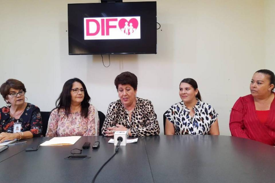"""Del 04 de noviembre al 20 de diciembre DIF Los Cabos recolectará cobijas y cobertores con el programa """"Abriga una Familia"""""""