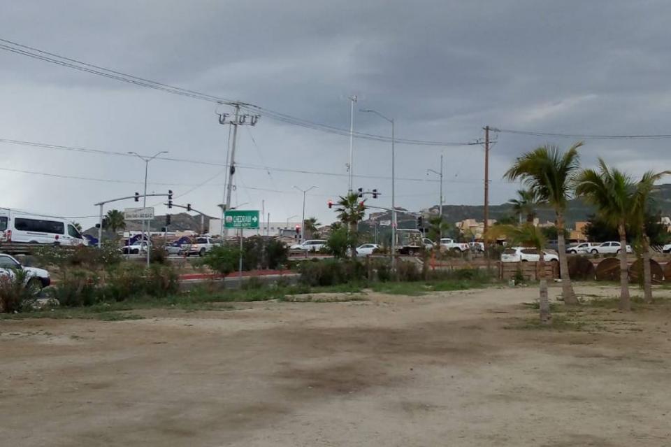 Sorprende lluvia a habitantes de CSL