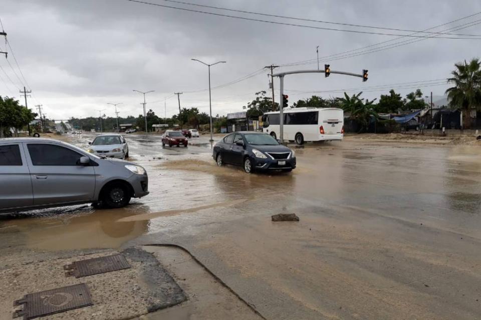 Esperan hasta 150 mm de lluvia en 24 horas en Los Cabos