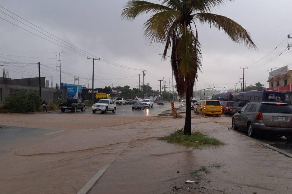 Sin paso carretera Transpeninsular por corrida del arroyo de San José Viejo