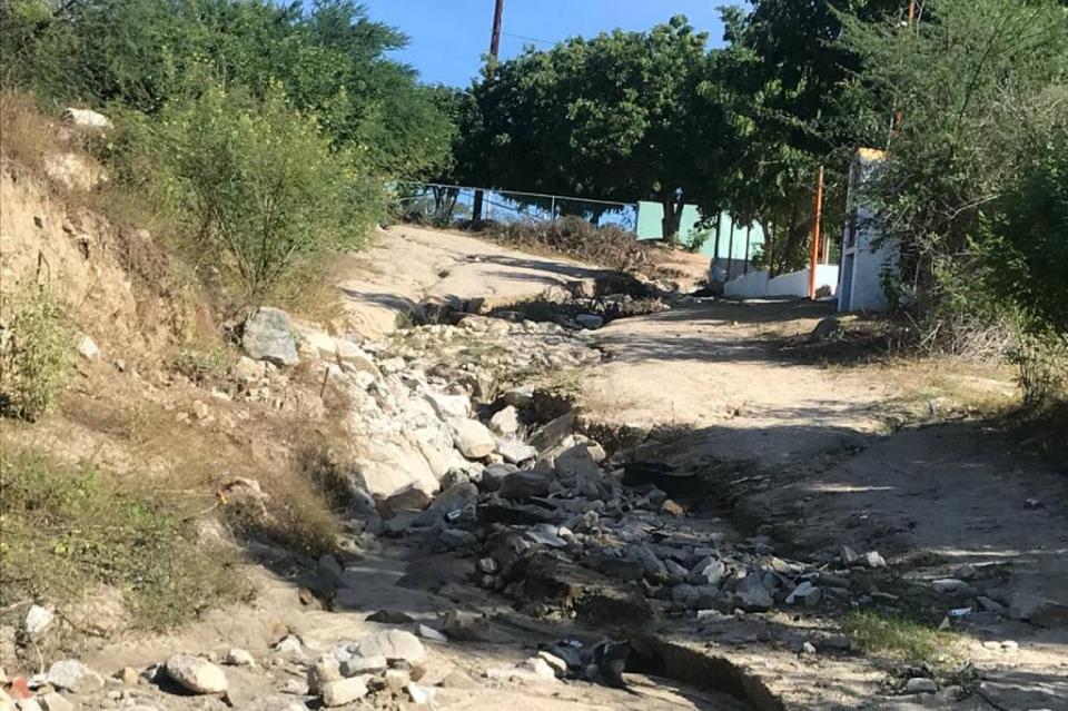 En muy malas condiciones quedan calles en Santa Catarina por las lluvias