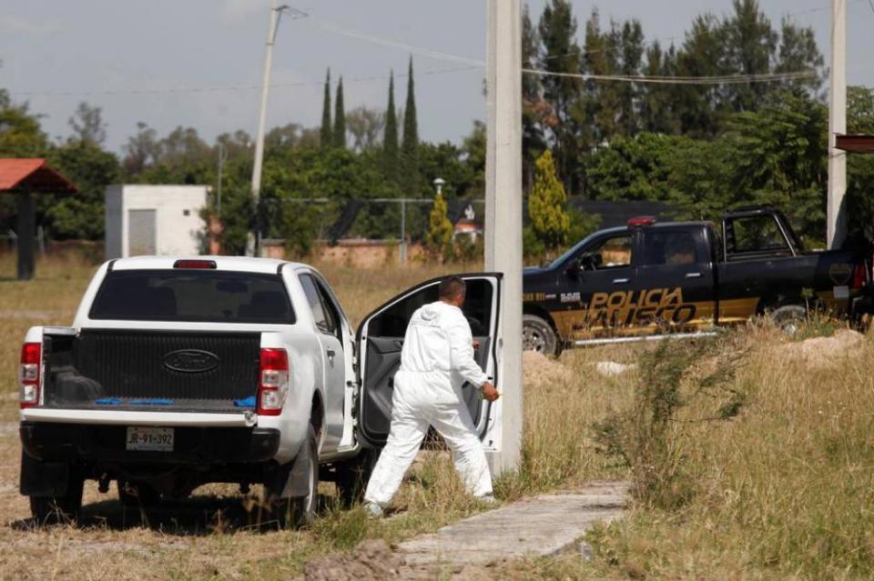 Encuentran 31 cuerpos en fosa de Jalisco
