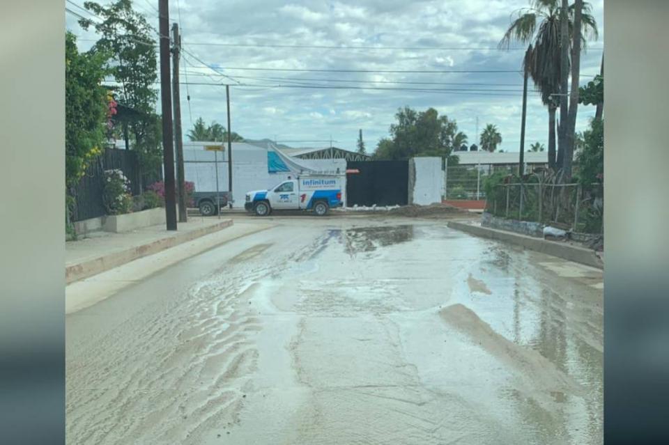 Vecinos de Lagunitas temen por problemas de salud por constantes fugas de aguas negras