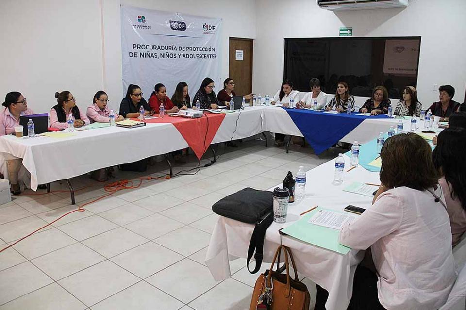 Sesiona el Consejo Estatal de adopciones para garantizar el derecho de niñas y niños a vivir en una familia