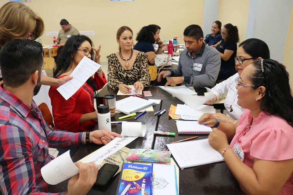 Comparten prácticas más de siete mil docentes de preescolar, primaria y secundaria de BCS