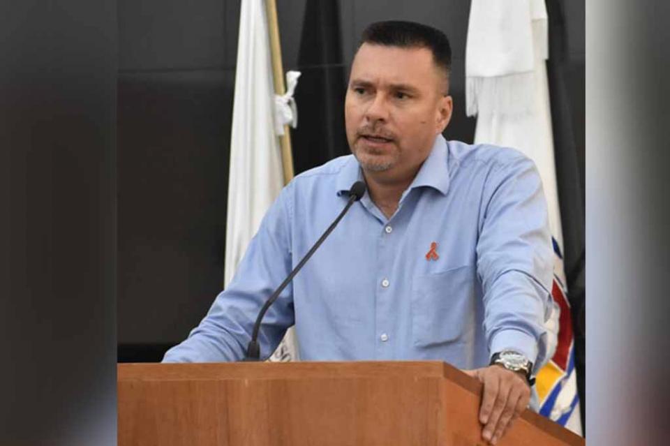 Propone el diputado José Luis Perpuli iniciativa para proteger y preservar la vida de los motociclistas en BCS