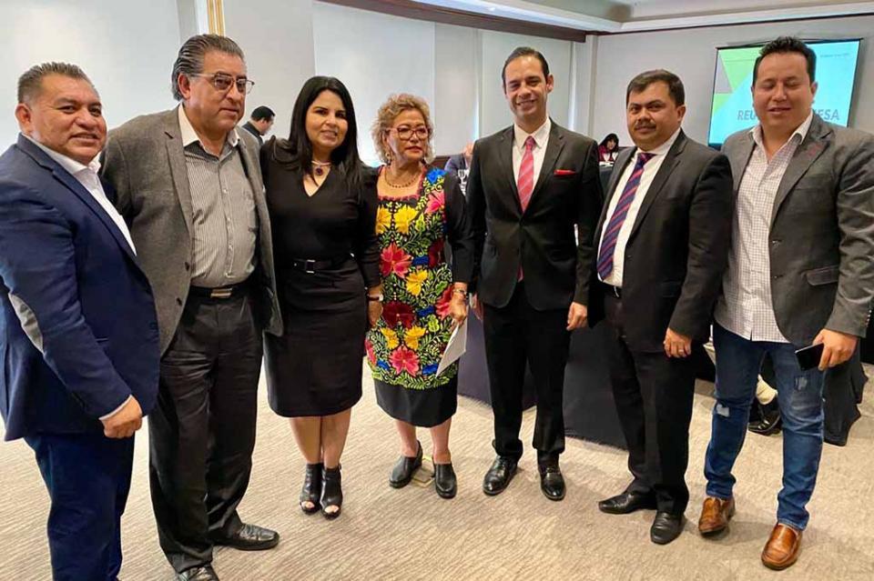 Participa Alcaldesa de Los Cabos en la reunión de la mesa directiva de la AALMAC