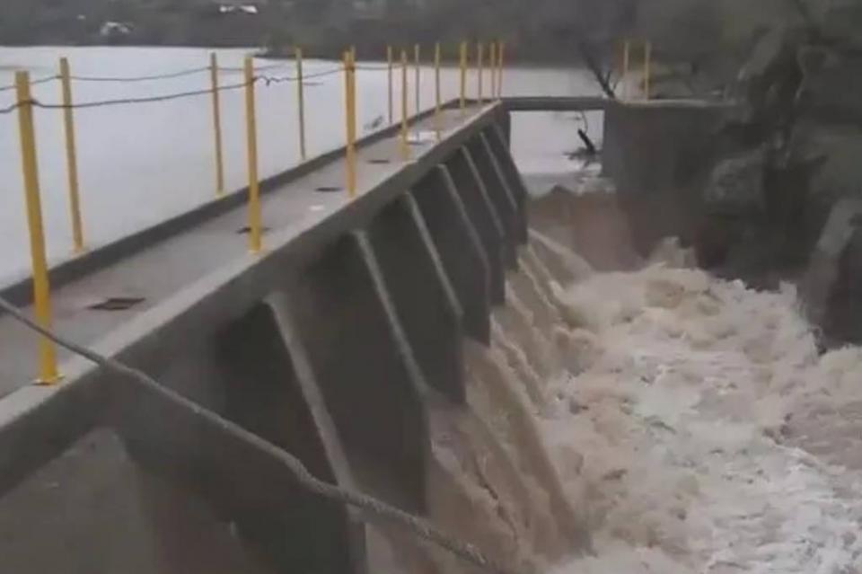 Presa La Angostura en Sonora con riesgo de desbordarse