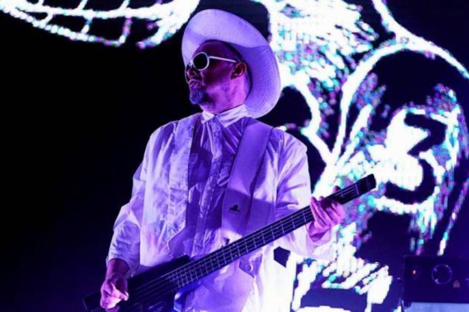 Asaltan y apuñalan a bajista de Miranda! en Chile