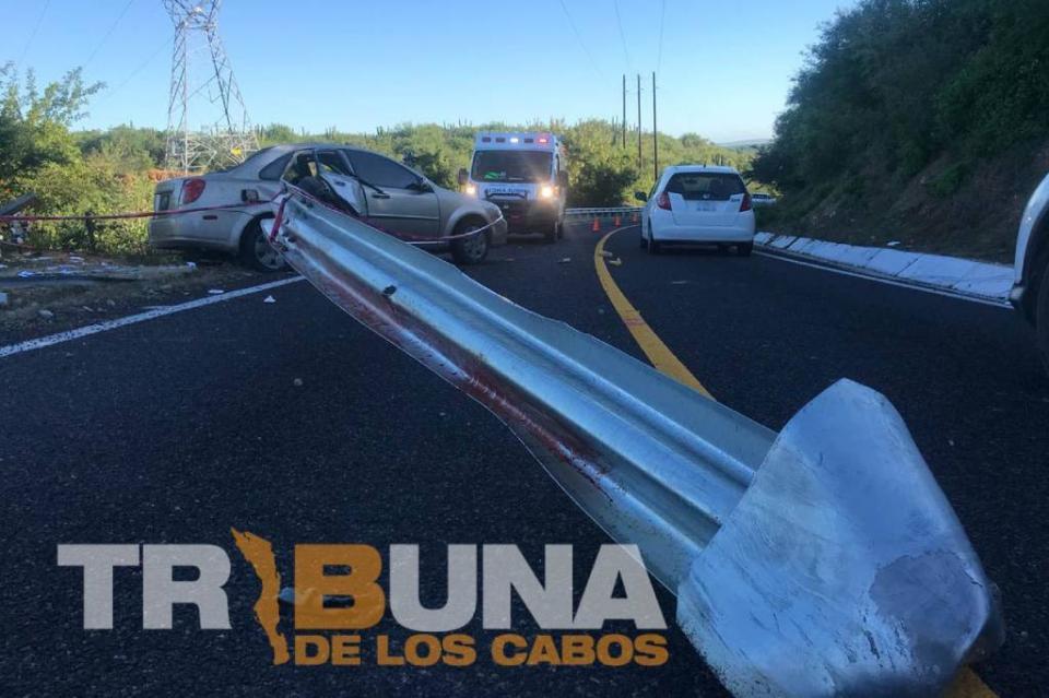 Persona fallece en accidente automovilístico en Caduaño