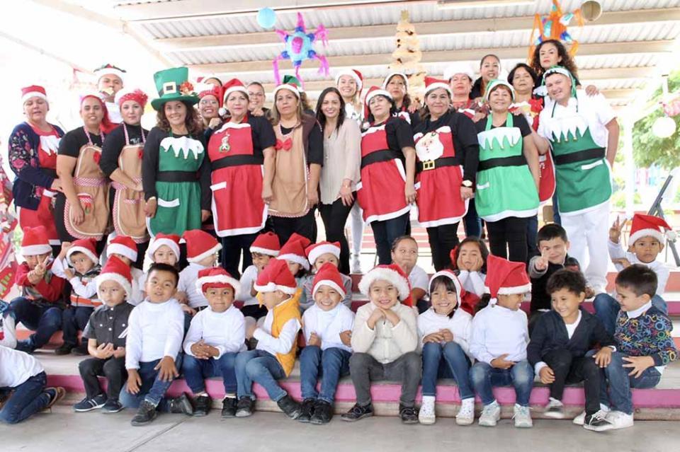 Promueve SEDIF tradiciones decembrinas en Centros de Atención Infantil