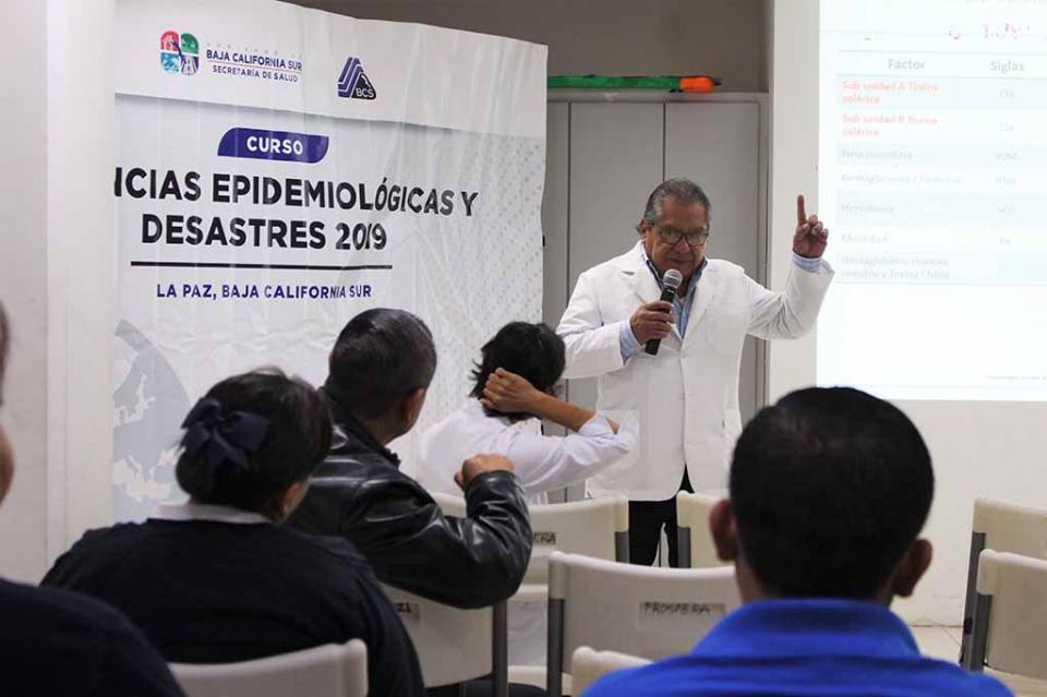 Capacitan a personal operativo en vigilancia epidemiológica