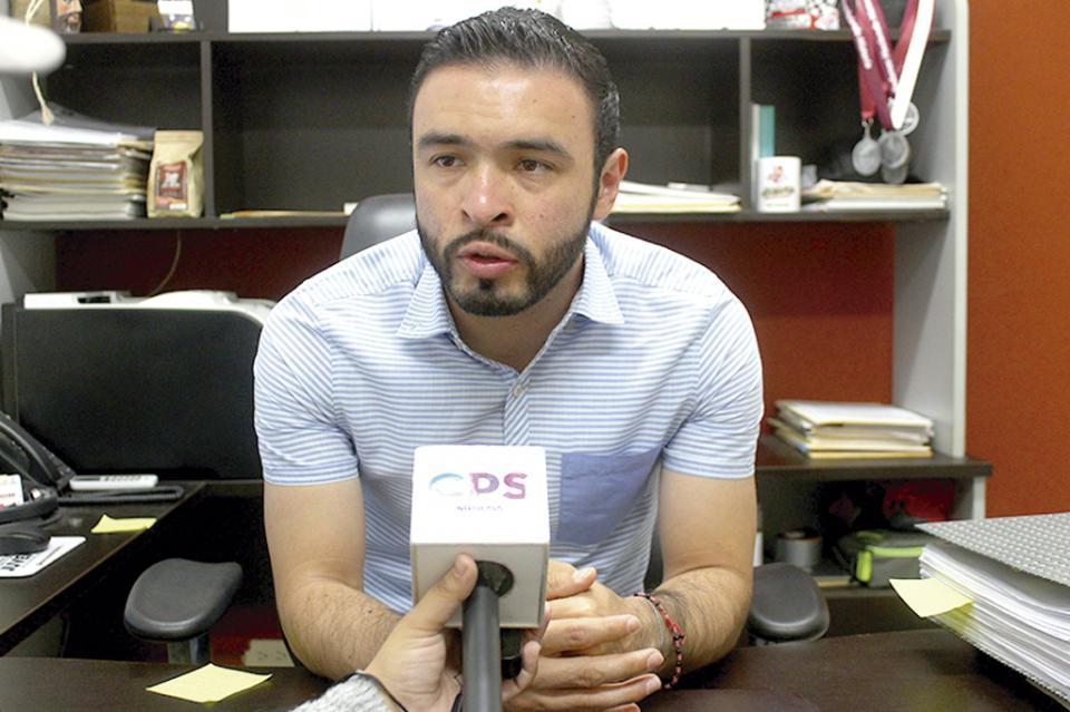 """""""Durante la administración hemos recibido 3 casos de intento de suicidio de jóvenes en diversas etapas"""": Iván Jair Amador"""