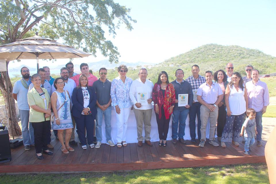 Reconoce Consejo Ciudadano del Tezal a Juan José Zamorano, Rigoberto Arce y Jorge Garza